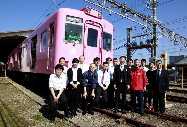 南海電鉄のおもてなしスタッフの皆さま、「まかない亭」のスタッフ様、そして弊社スタッフ一同、笑顔でお客様をお見送りすることができました!楽しかったです!
